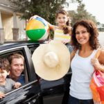 Using the Internet to Save Money on Trips with the Kids