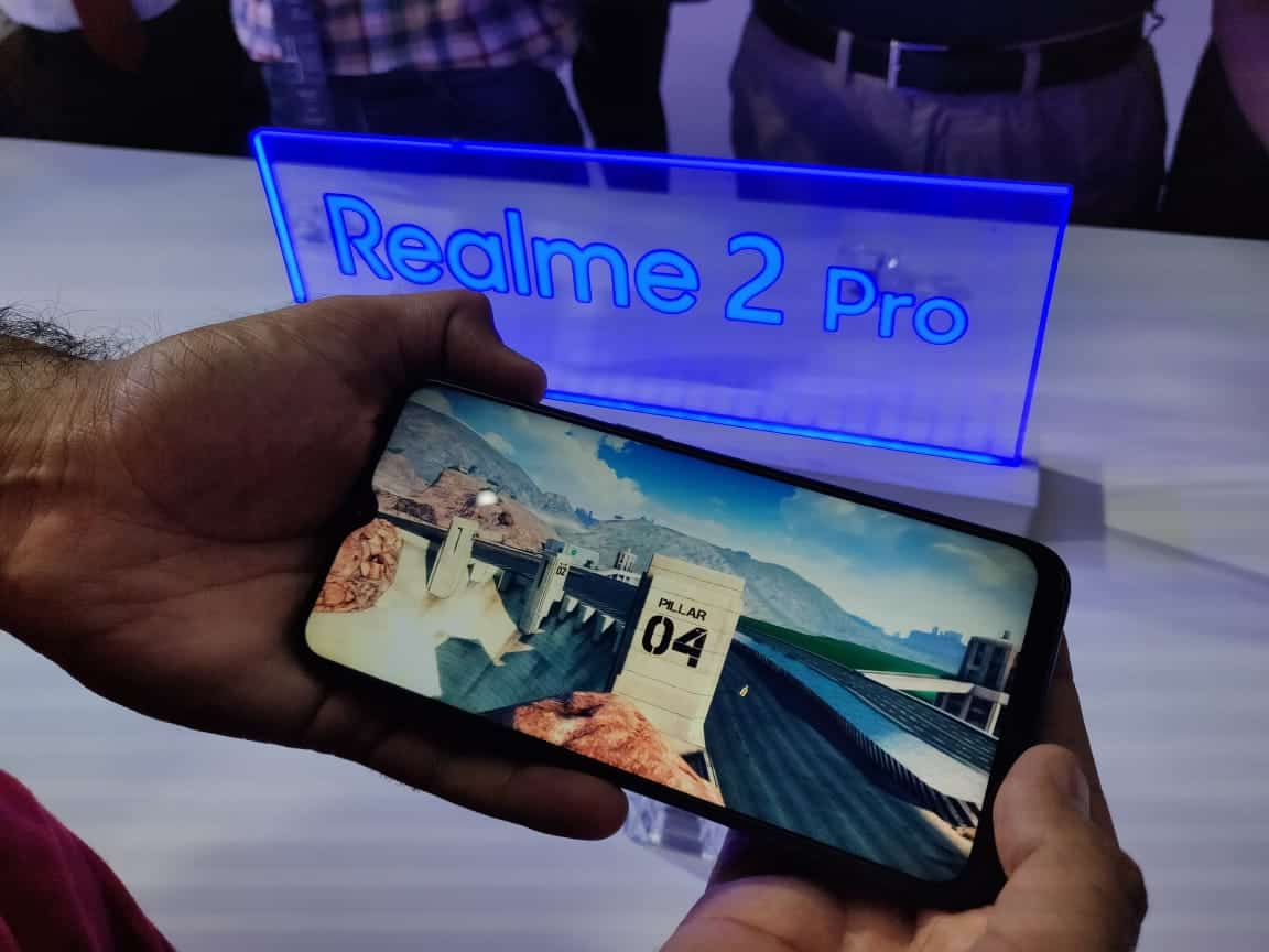 RealMe 2 Pro First Impression - Power packed spec to disrupt the market segment. 3