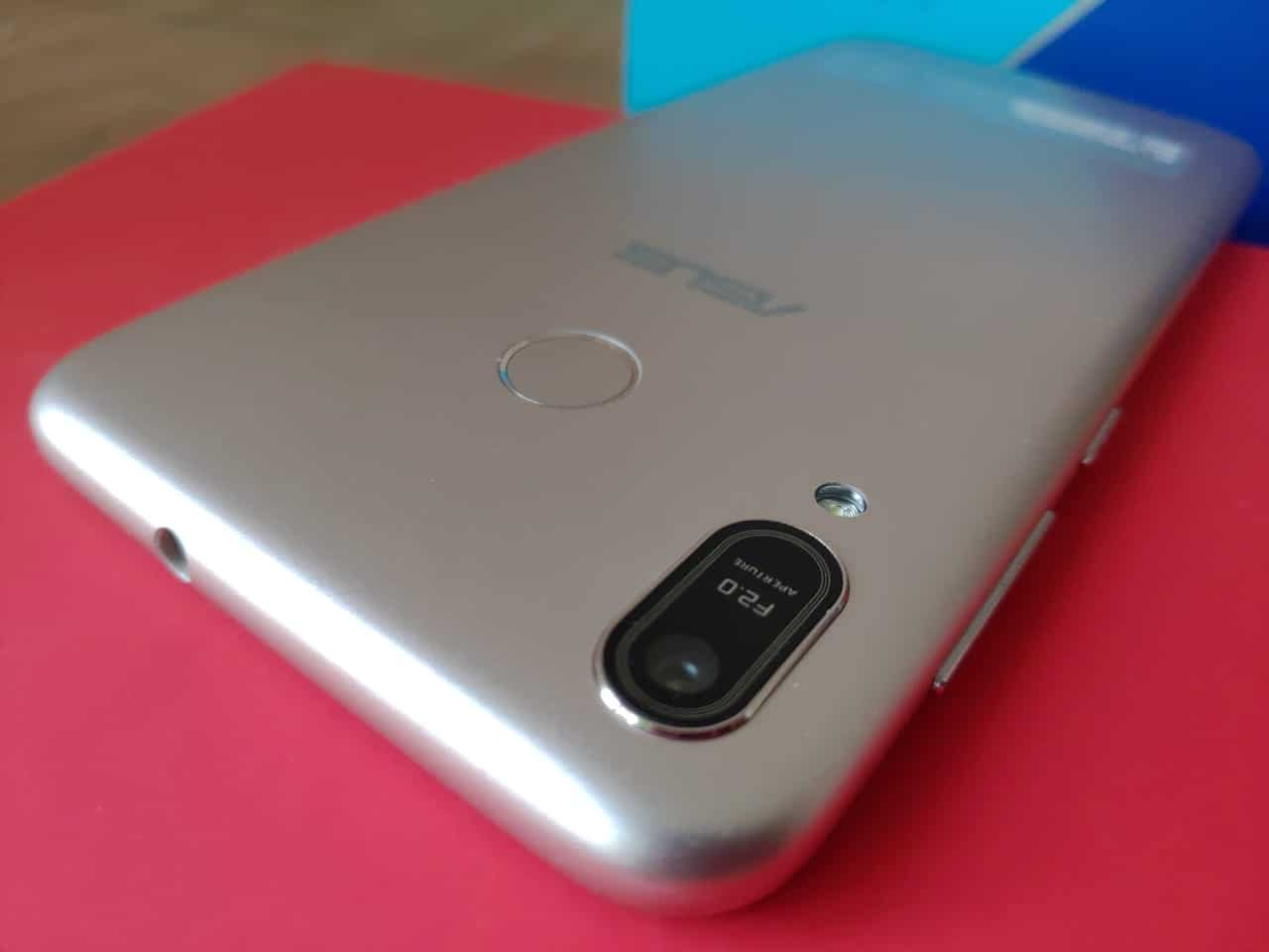 Asus Zenfone Max ZB556KL Review. - A Decent Budget Phone with good battery. 3