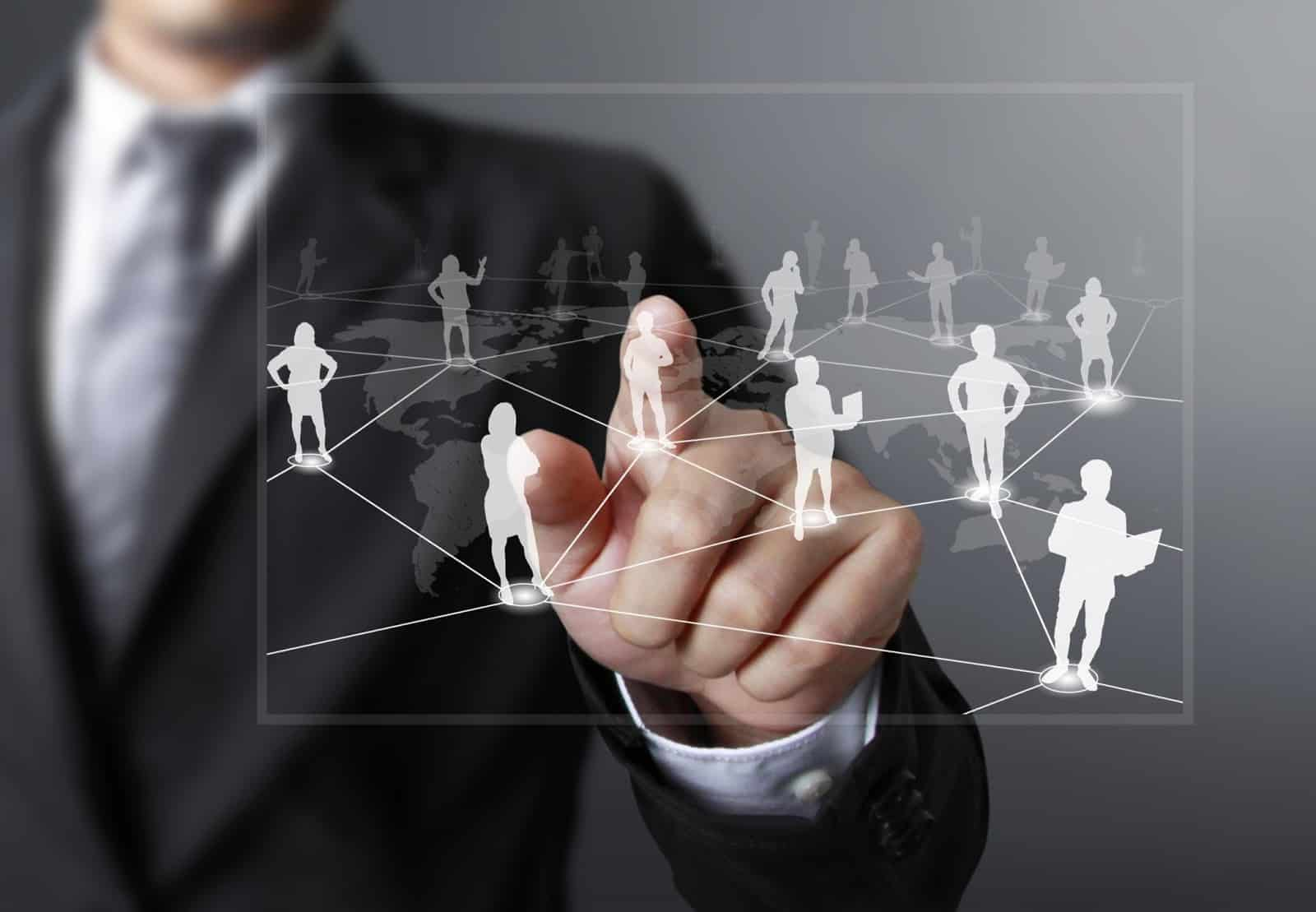 5 Ultimate Tactics to Generate leads with influencers Marketing 2