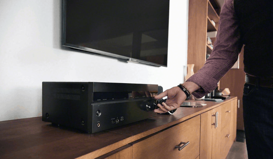 Choosing Perfect AV Receiver For Your Needs 1