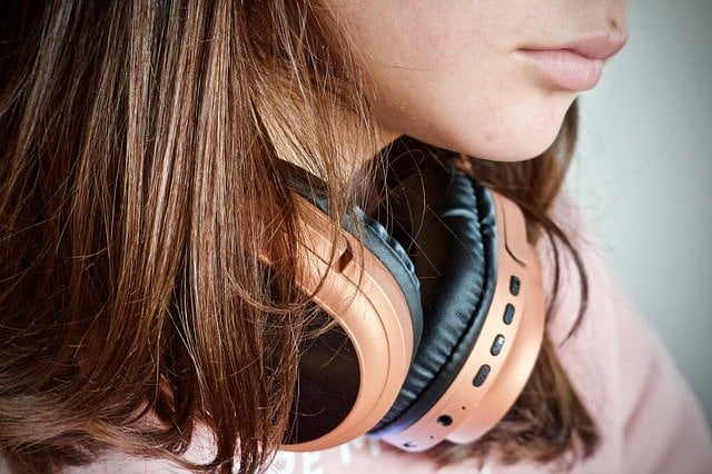 best wireless headphones under $30
