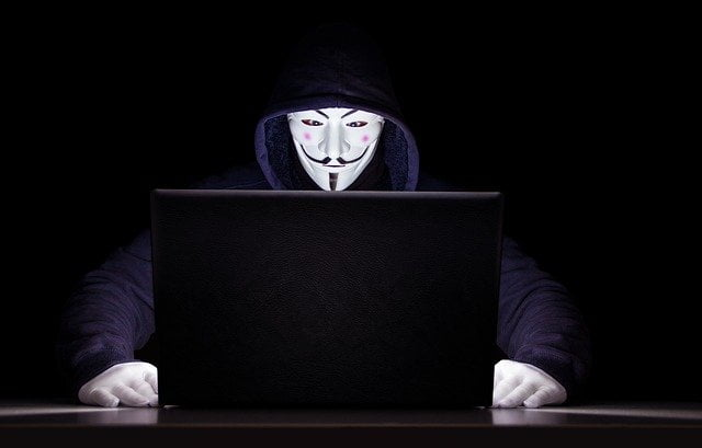 why hackers like social media accounts